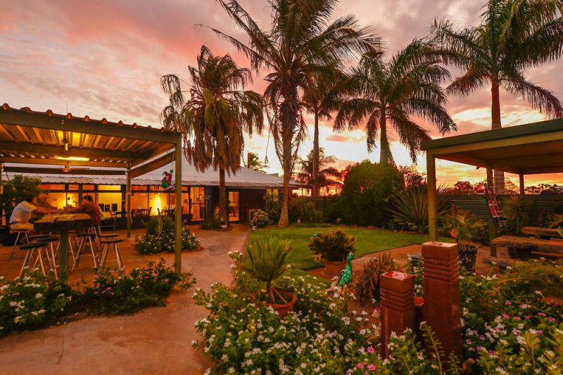 Devils Marbles HotelWauchope - Accommodation Nelson Bay