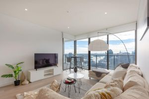 High Rise apt in Heart of Sydney wt Harbour View - Accommodation Nelson Bay