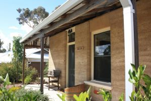 Hotham Ridge Winery and Cottages - Accommodation Nelson Bay