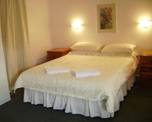 River Park Motor Inn - Accommodation Nelson Bay